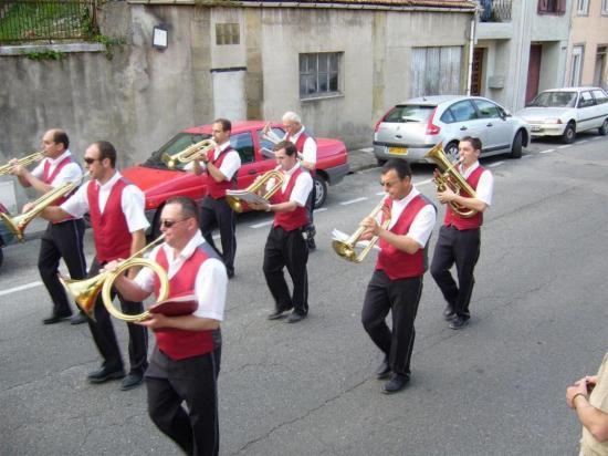 LAVELANET08: Défilé des fanfares 23