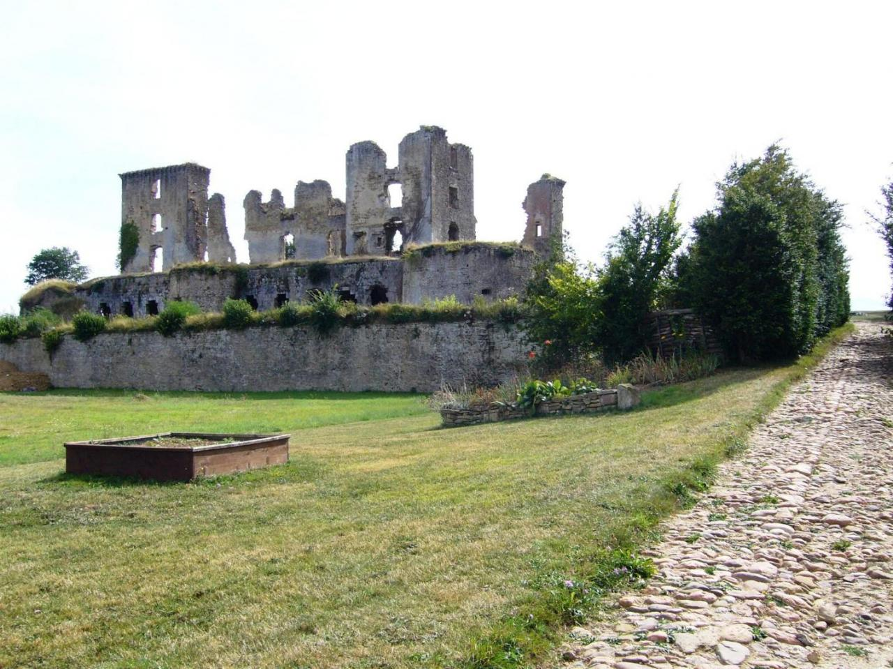 LAGARDE - Château 3