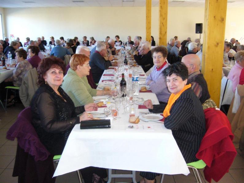 LAROQUE - 3. Repas de l'amitié 2007
