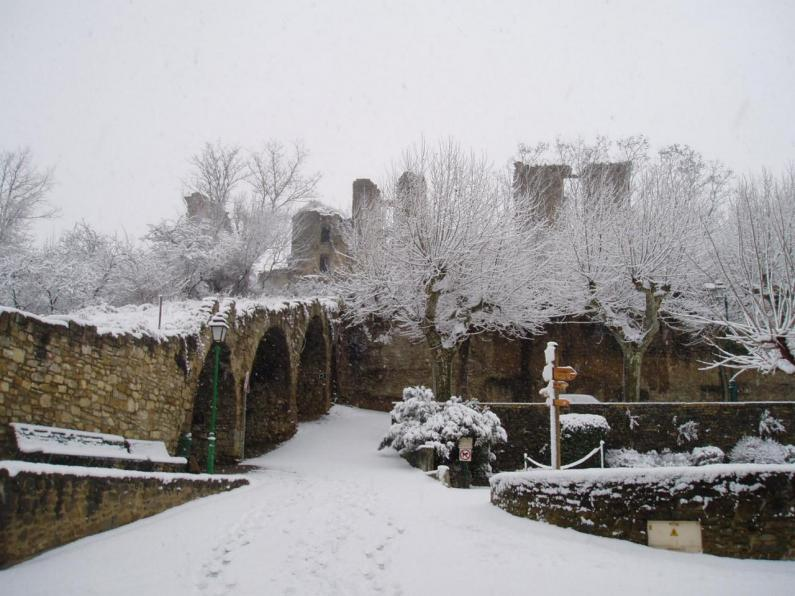 LAGARDE - Château enneigé 3