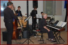 Ouverture du concert avec le Big Band Laroquais